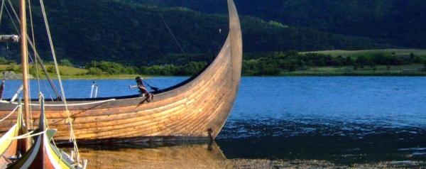 Wikingerschiffe - Geschichte im Seefahrtsmuseum Bergen flickr (c) Juanjo Marin CC-Lizenz